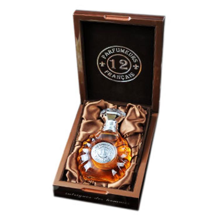 Intrigues des Hommes, парфюмерия для мужчин от 12 Parfumeurs
